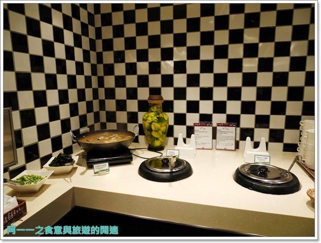 台北車站美食凱撒大飯店checkers自助餐廳吃到飽螃蟹馬卡龍image036