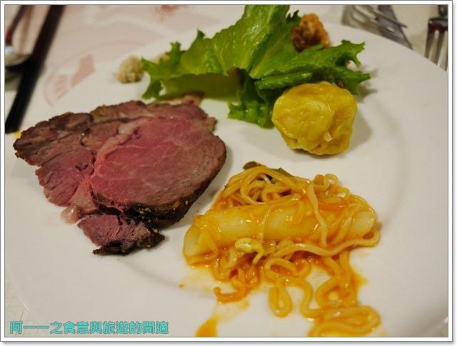 台北車站美食凱撒大飯店checkers自助餐廳吃到飽螃蟹馬卡龍image072