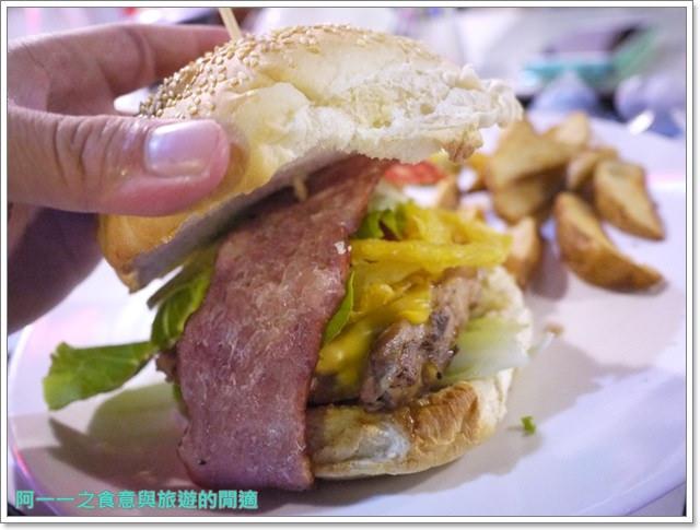 三芝美食美式料理漢堡鐵皮屋餐坊重機主題餐廳聚餐image045