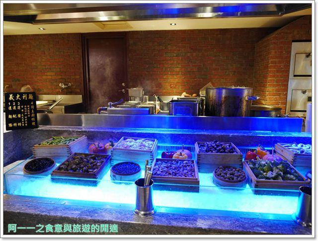 新莊美食吃到飽品花苑buffet蒙古烤肉烤乳豬聚餐image039