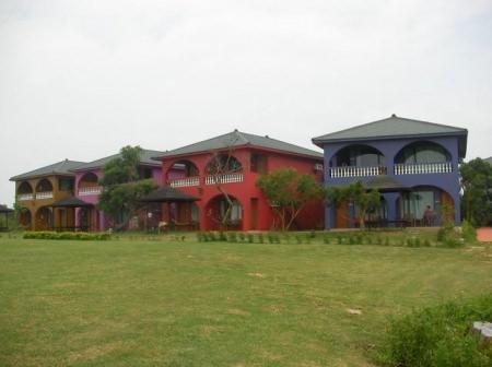 屏東小琉球 八村旅店(Villas)館~宛如身在巴里島的悠閒感覺