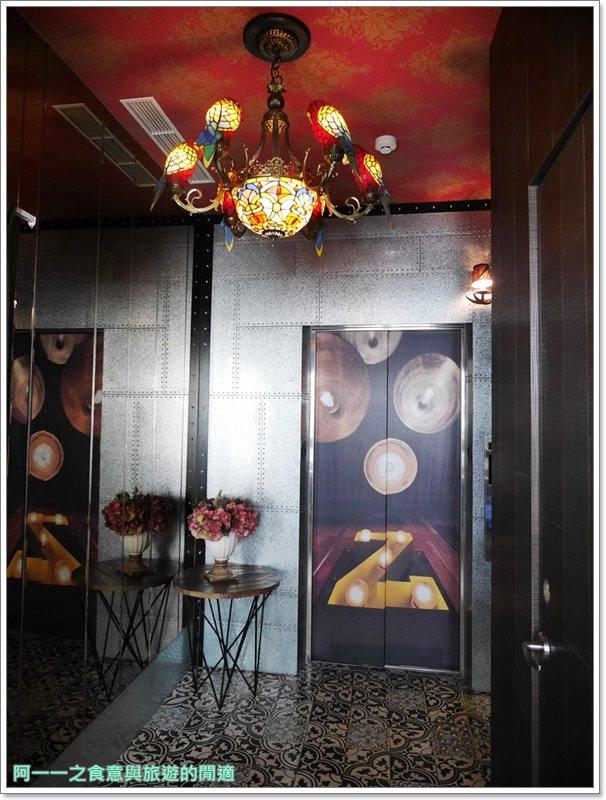 高雄駁二住宿.冒煙的喬.就是公寓旅店.海鮮粥.工業風image020