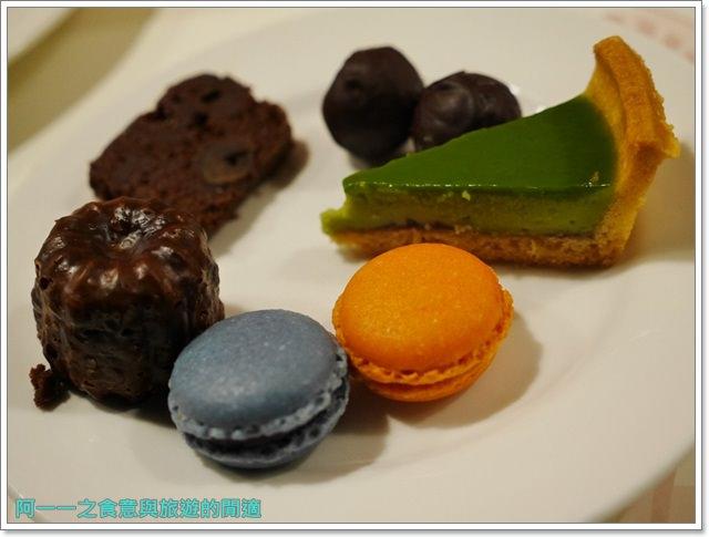 台北車站美食凱撒大飯店checkers自助餐廳吃到飽螃蟹馬卡龍image076