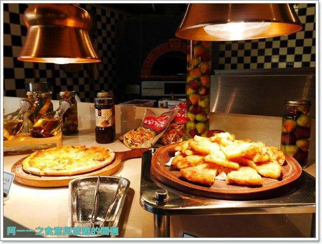 台北車站美食凱撒大飯店checkers自助餐廳吃到飽螃蟹馬卡龍image052