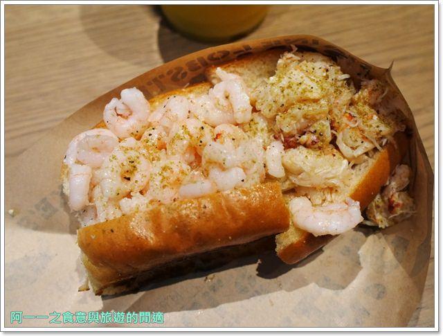 大阪心齋橋美食.世界第二好吃的現烤冰淇淋菠蘿麵包.龍蝦三明治image015
