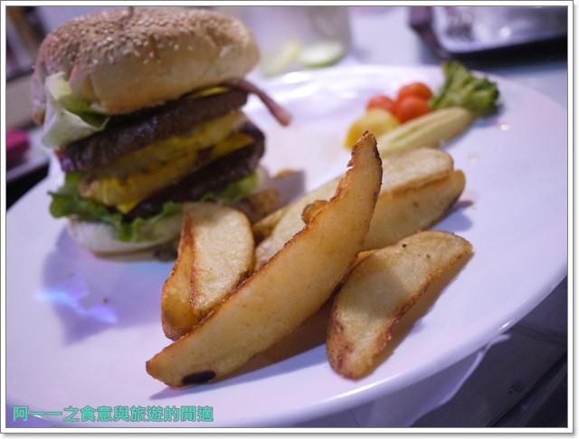 三芝美食美式料理漢堡鐵皮屋餐坊重機主題餐廳聚餐image039