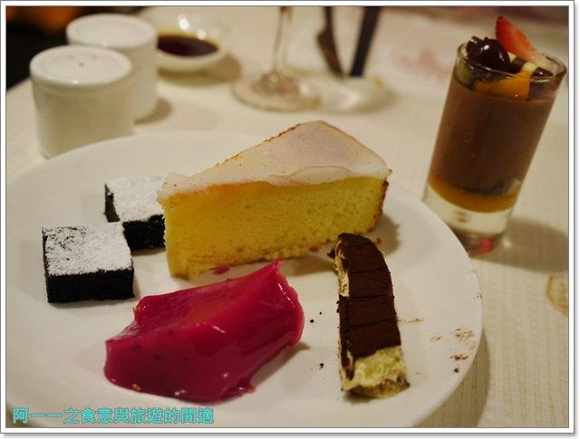 台北車站美食凱撒大飯店checkers自助餐廳吃到飽螃蟹馬卡龍image077