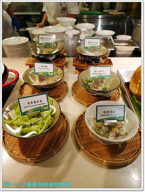 台北車站美食凱撒大飯店checkers自助餐廳吃到飽螃蟹馬卡龍image040