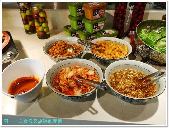 台北車站美食凱撒大飯店checkers自助餐廳吃到飽螃蟹馬卡龍image049
